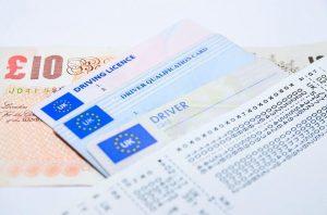 Annulation de permis, assurances et permis de conduire Serbe