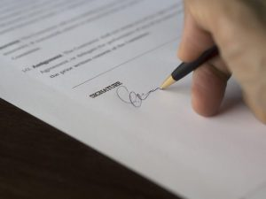 Partenariats, signature contrat assurance, Espace Schengen, assurance auto provisoire